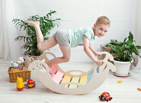kiik_londiste_värviline_laps3