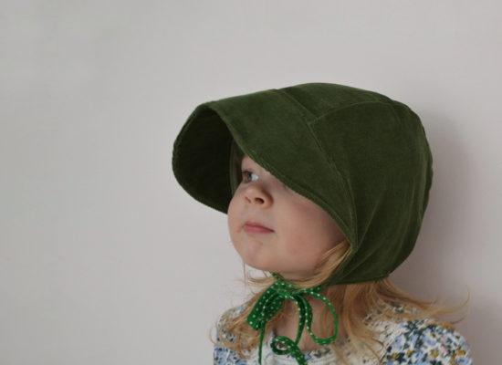 green corduroy bonnet (2)